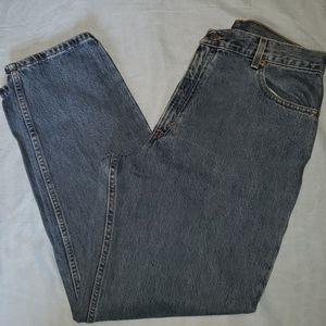 Levi 550 Medium Wash Jeans